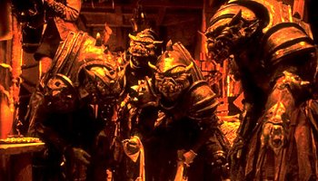 "orcs Orchi in taverna, nel ""film"" di d&d Movie: Dungeons & Dragons - Che il gioco abbia inizio (2000/2002) © Behaviour Worldwide, Wizards of the Coast & Hasbro"