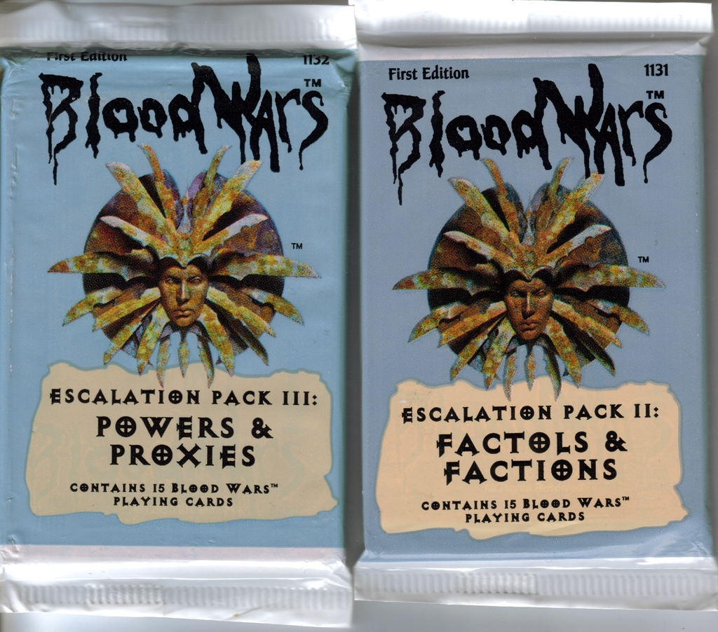"Blood Wars cards packages Le bustine delle carte da gioco ""Blood Wars"" TSR - ""Blood Wars"" card game Packs (1995) © Wizards of the Coast & Hasbro"